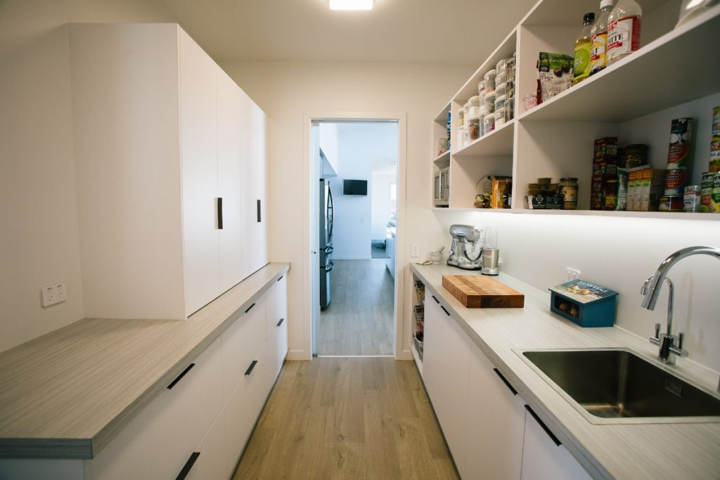 Butlers pantry with sink